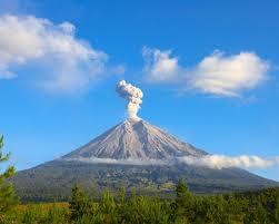 Gunung Semeru Mahameru