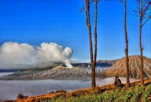 Paket Wisata Pendakian Gunung Bromo Semeru Trekking Tour