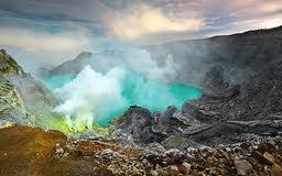 Paket Wisata Kawah Ijen Blue Fire Banyuwangi